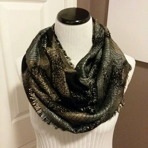Accessories - #0033 infinity scarf
